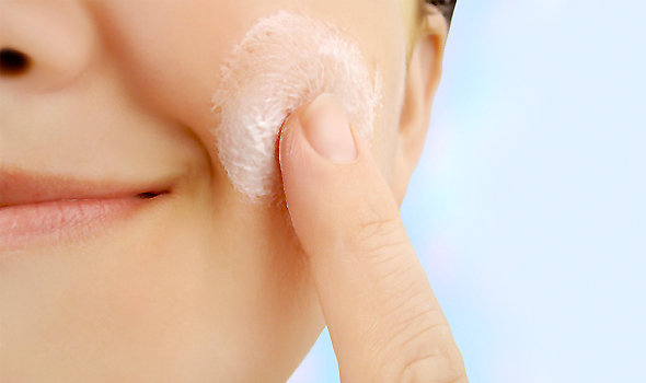Best Exfoliators for Your Skin Type – How to Exfoliate for Better Skin